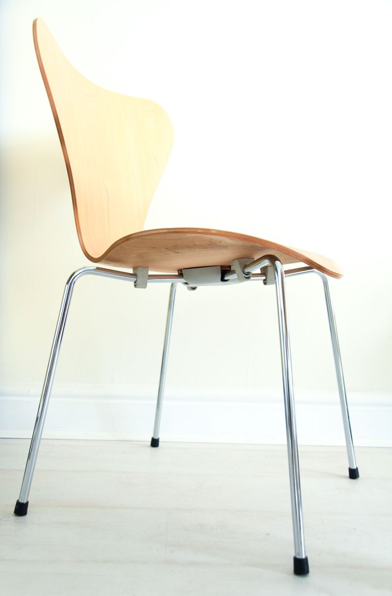 Fritz hansen butterfly chair