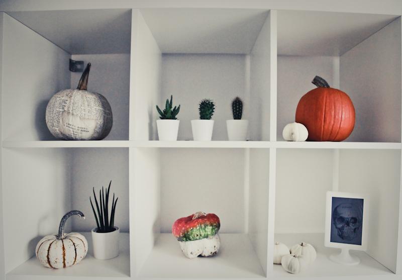 Halloween pumpkin decoration interiors