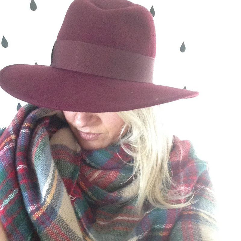 Whistles hat